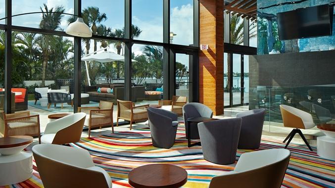 Waterstone Resort & Marina-Lounge Area