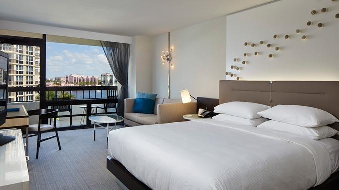 Waterstone Resort & Marina - King Bed Waterview