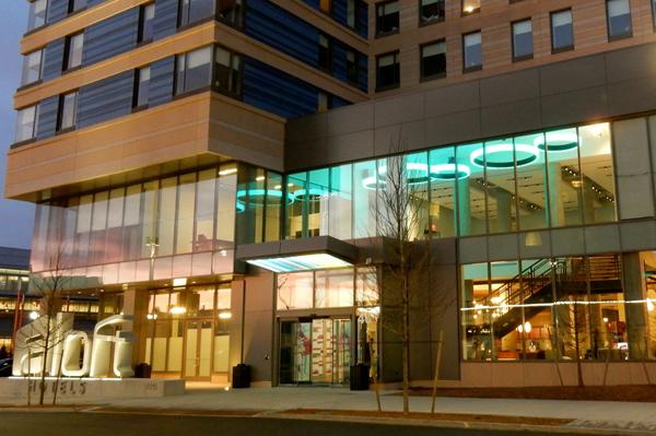 Aloft-Hotel-Exterior-sm